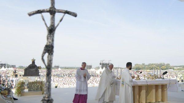 ĐGH cử hành Thánh lễ tại Đền thánh Quốc gia Šaštin