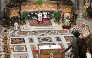 Đức Giáo hoàng Phanxicô cử hành lễ truyền dầu tại Vatican