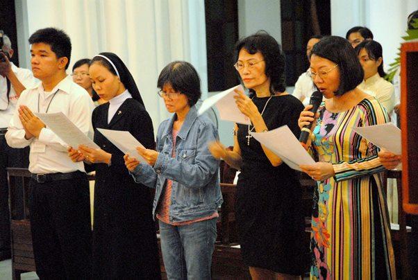 Học viện Mục vụ: Thánh lễ khai giảng năm học mới (20.9.2013)
