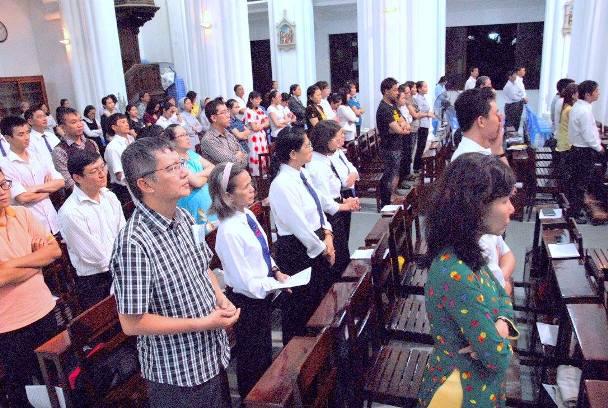 Học viện Mục vụ: Thánh lễ bế giảng năm học 2015 - 2016