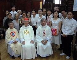 Thánh lễ tạ ơn dịp mãn khóa Tham vấn Tâm lý HNGĐ