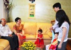 Câu chuyện gia đình: Niềm vui cha mẹ đỡ đầu