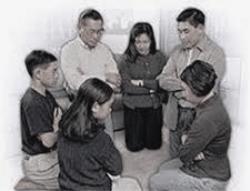 Gia đình cầu nguyện với Lời Chúa (21/12)