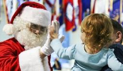 Có nên khuyến khích con cái chúng ta tin vào Ông Già Noel?