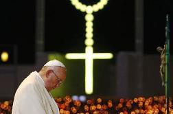 Canh thức với Đức Thánh cha Phanxicô tại Fatima