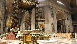 ĐGH Phanxicô chủ sự lễ Vọng Phục Sinh và rửa tội
