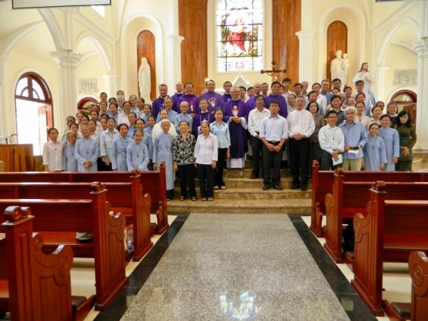 Họp mặt gia đình thiêng liêng CdF tại VN