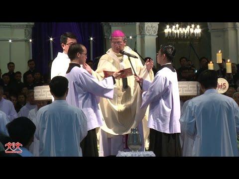 Thánh lễ Truyền Dầu 2017 tại VCTĐ Đức Bà Sài Gòn