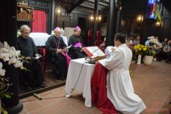 Chức Giám mục và lời tuyên tín - tuyên thệ