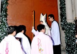 Lễ khai mạc Năm Thánh Lòng Thương Xót tại TGP Sài Gòn
