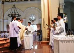 Lễ Truyền Dầu 2017 tại Nhà thờ Chánh tòa Sài Gòn