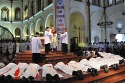 Thánh lễ Truyền chức linh mục (30.5.2016)