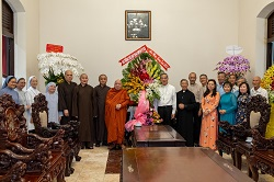 Phái đoàn Phật giáo chúc mừng Giáng Sinh 2020
