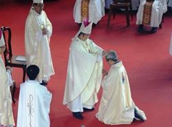 Thánh lễ Truyền chức Giám mục cha Luy Nguyễn Anh Tuấn