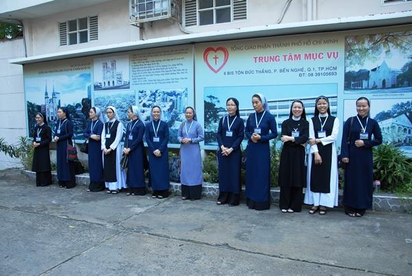 Nữ tu sinh viên HV Phaolô Nguyễn Văn Bình