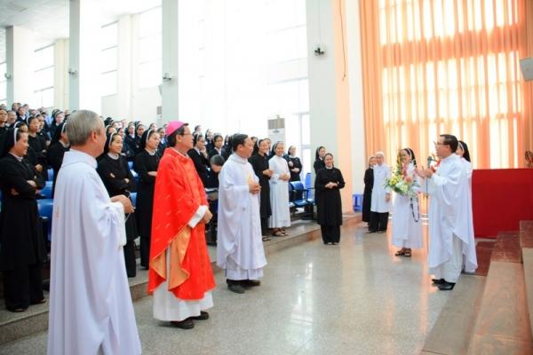 Thánh lễ khai giảng khóa thần học hè 2014