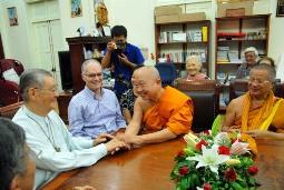 TTMV: Đón tiếp đoàn chư Tăng Thái Lan