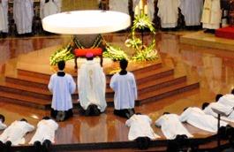 Thư gửi quý linh mục dịp Lễ Thánh Tâm Chúa Giêsu (6/2020)
