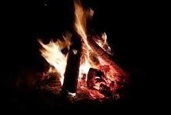 Bếp lửa than hồng