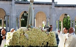 Fatima kỷ niệm 100 năm ngày Thánh Jacinta qua đời (1920-2020)