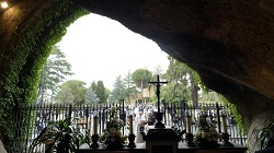 Pope to conclude Marathon of Prayer with Rosary in Vatican Gardens