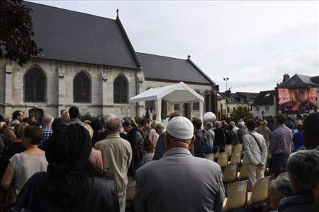 Nước Pháp tưởng niệm cha Jacques Hamel, một năm sau ngày cha bị sát hại