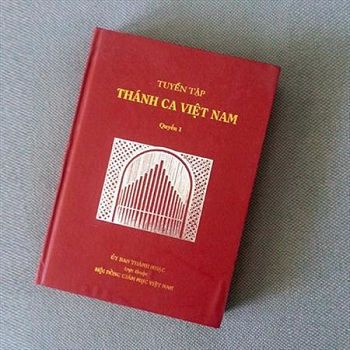 Thông báo của Ủy ban Thánh nhạc về 2 Tuyển tập Thánh ca Việt Nam đã phát hành