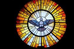 7 tình huống trong cuộc sống cần nài xin ơn Chúa Thánh Thần