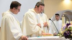 Arjan Dodaj, từ một người vô thần trở thành giám mục