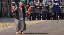 Gương can đảm của một nữ tu trong khủng hoảng Myanmar