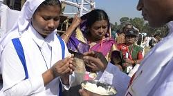Một nửa làng ở Bangladesh lãnh nhận bí tích rửa tội