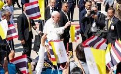 Đức Giáo hoàng Phanxicô đến Bangkok sau 11 giờ bay