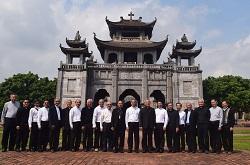 Đức Tân TGM Giuse Nguyễn Năng tiếp phái đoàn TGP SG- Tp. HCM