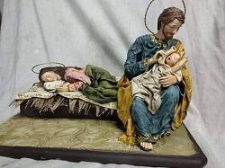 """""""Hãy để Mẹ ngủ"""" là cảnh Giáng Sinh ĐGH Phanxicô yêu thích"""