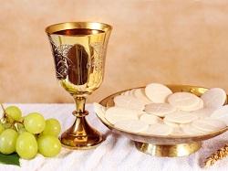 Xem lại việc hát `Tung Hô Tin Mừng` và `Ca Tiến Lễ`