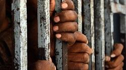 ĐGH gặp một nhóm tù nhân của Santander