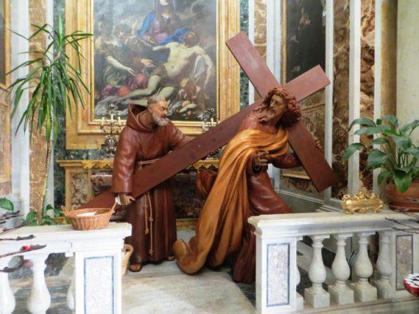 Từ khổ nghiệm cha Piô nhìn ngược về khổ nghiệm Đức Giêsu