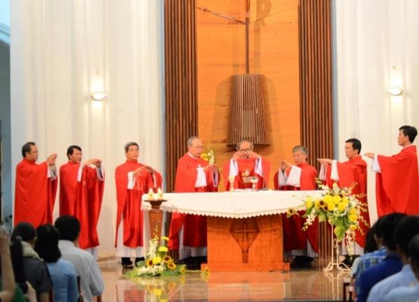Các linh mục giảng viên