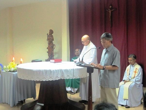 Cha Giám đốc EAPI chia sẻ Lời Chúa