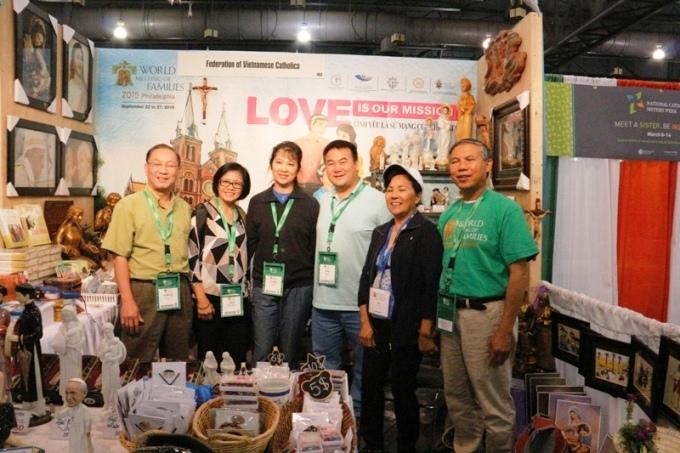 Gian hàng triển lãm của Giáo hội Việt Nam