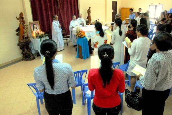 Thánh lễ kính thánh Têrêsa Hài Đồng Giêsu