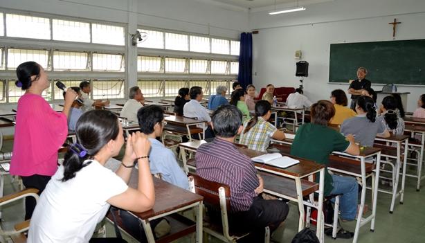 Khai giảng Lớp Giáo huấn Giáo hội về Mục vụ Gia đình