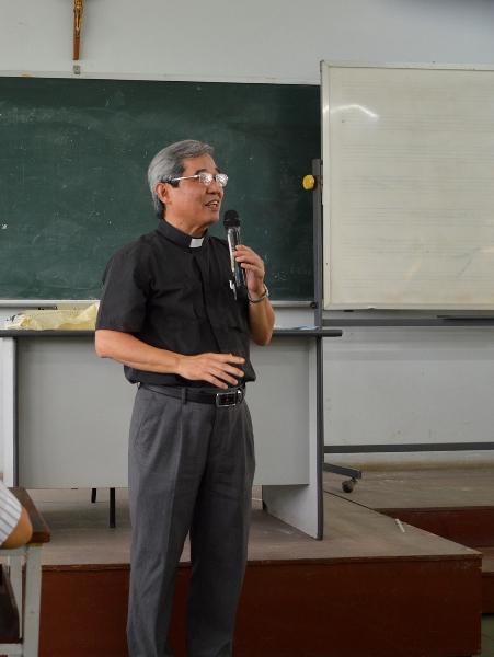 Cha Louis Nguyễn Anh Tuấn