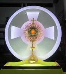 Cái nhìn ``vượt thời gian`` của thánh Phanxicô về BT Thánh Thể (2)