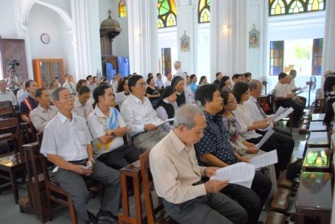 Lễ kỷ niệm 75 năm nhà thơ Hàn Mạc Tử qua đời (2)