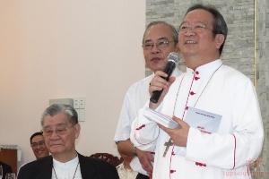 Linh mục đoàn Sài Gòn chúc tết ĐTGM Phaolô Bùi Văn Đọc và ĐHY Gioan Baotixita Phạm Minh Mẫn