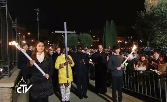 Suy niệm đàng Thánh giá do ĐGH Phanxicô chủ sự tại Roma