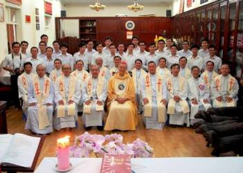 Thánh lễ tạ ơn nhân kỷ niệm 51 năm thụ phong linh mục