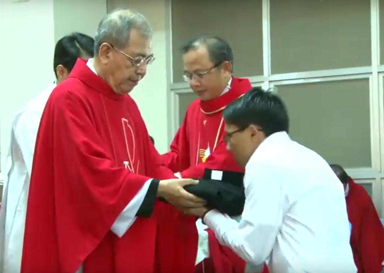 TTMV: Thánh lễ Thánh hóa năm học & trao tu phục cho Chủng sinh Dự bị khóa 12