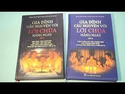 Giới thiệu bộ sách `Gia đình cầu nguyện với Lời Chúa hằng ngày`